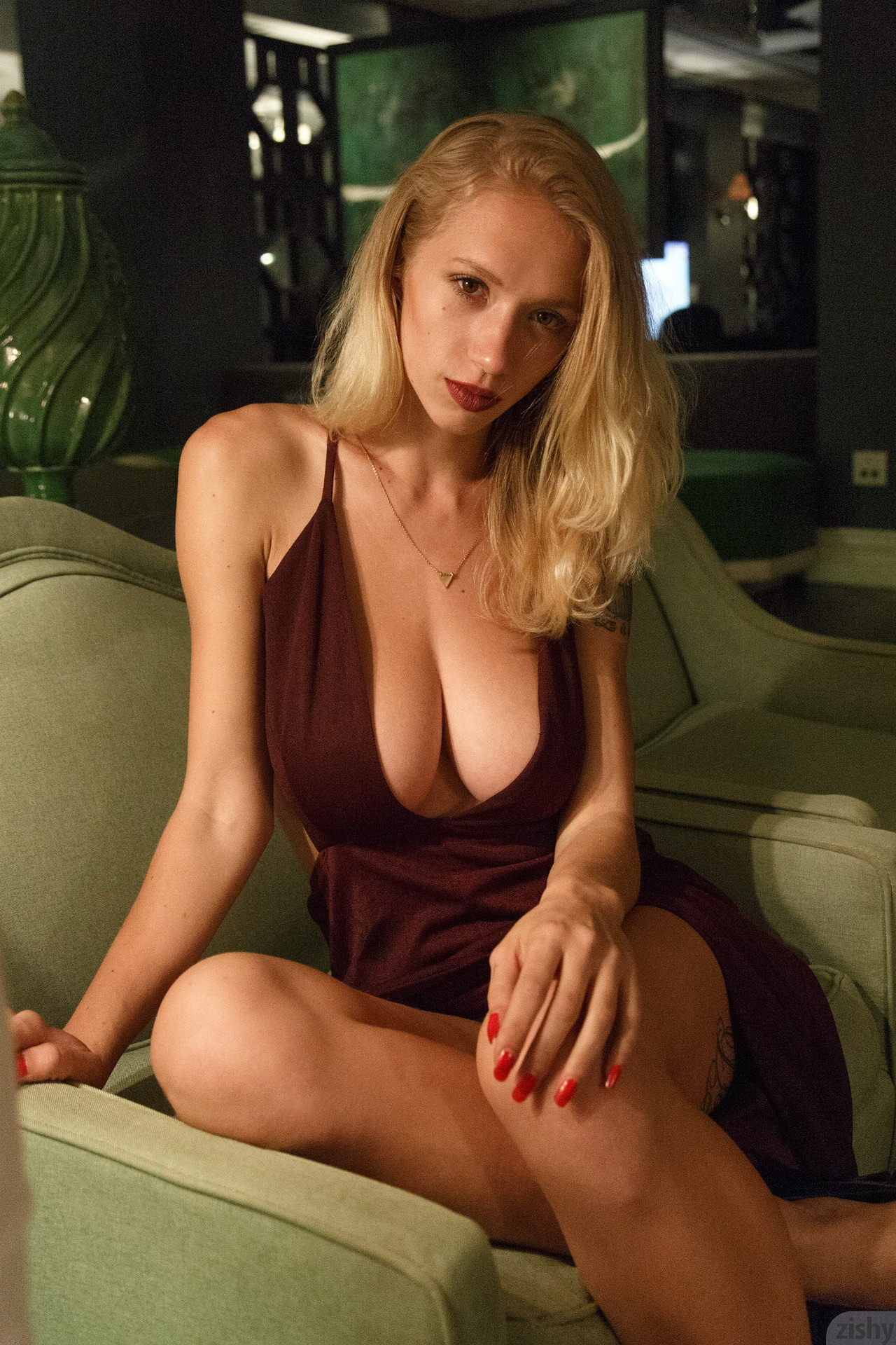 great dress cleavage by Natasha Legeyda