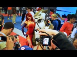 Bianca Beauchamp dressed like latex Jessica Rabbit tries pick-up lines on fans at Comic Con in M ...