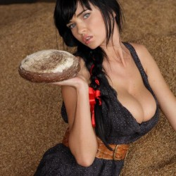 farm girl Sha Rizel