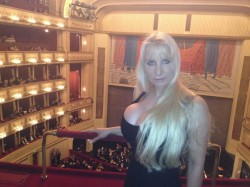 Vanessa Montagne shows off her huge cleavage at opera