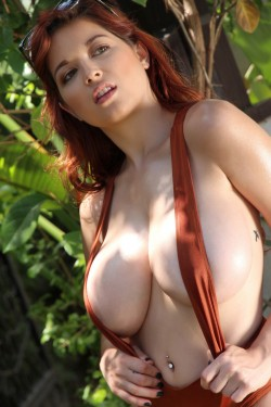 Tessa Fowler in sexy swimsuit