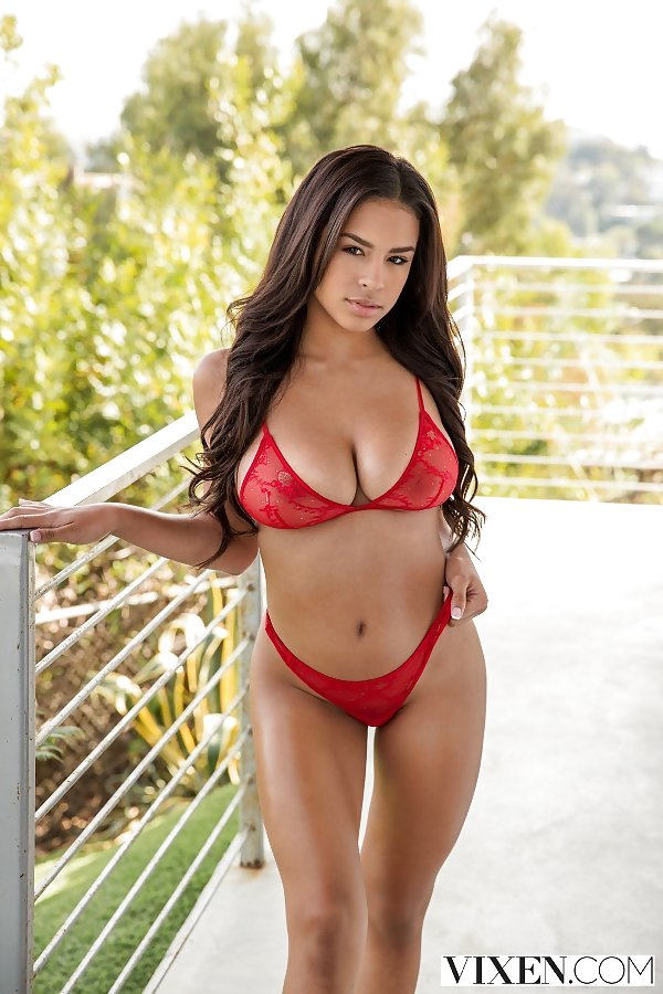busty latina Autumn Falls in lingerie